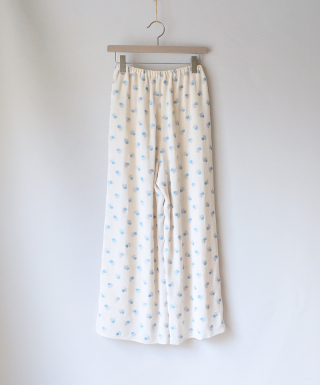 mame Relaxed Pants With Small Flower Embroidery WHITE