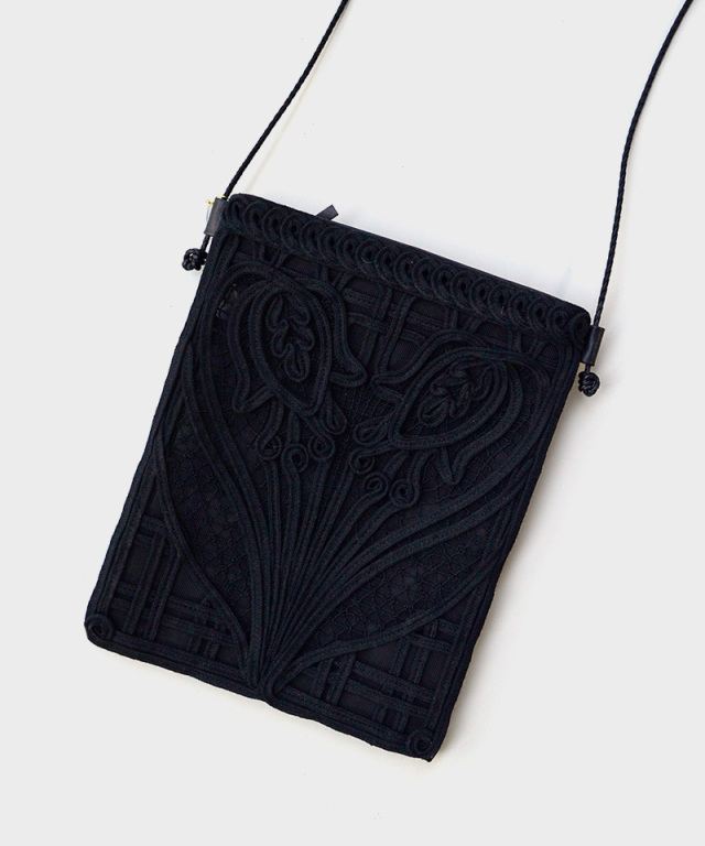 mame kurogouchi AC310 Cording Embroidery Pouch With Leather Strap BLACK