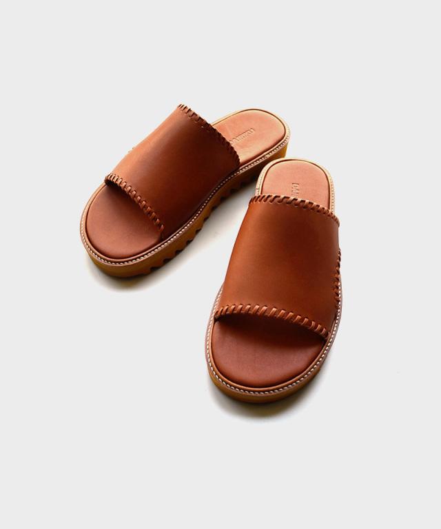 DAIRIKU Wyatt Hand Stitch Leather Sandal Soil