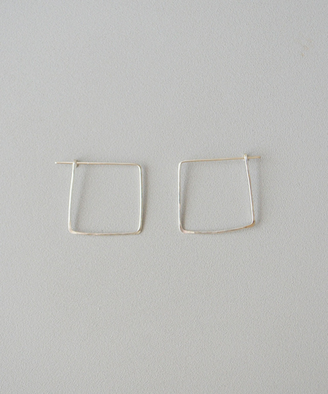 CINQ Big square earrings sterling silver