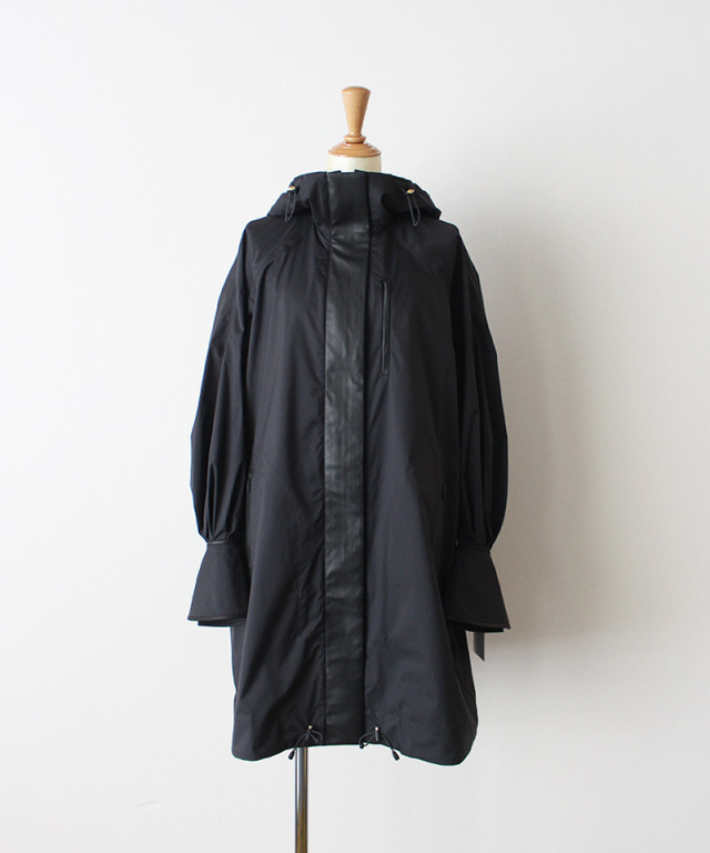 mame kurogouchi Water Repellent Nylon Hooded Coat BLACK