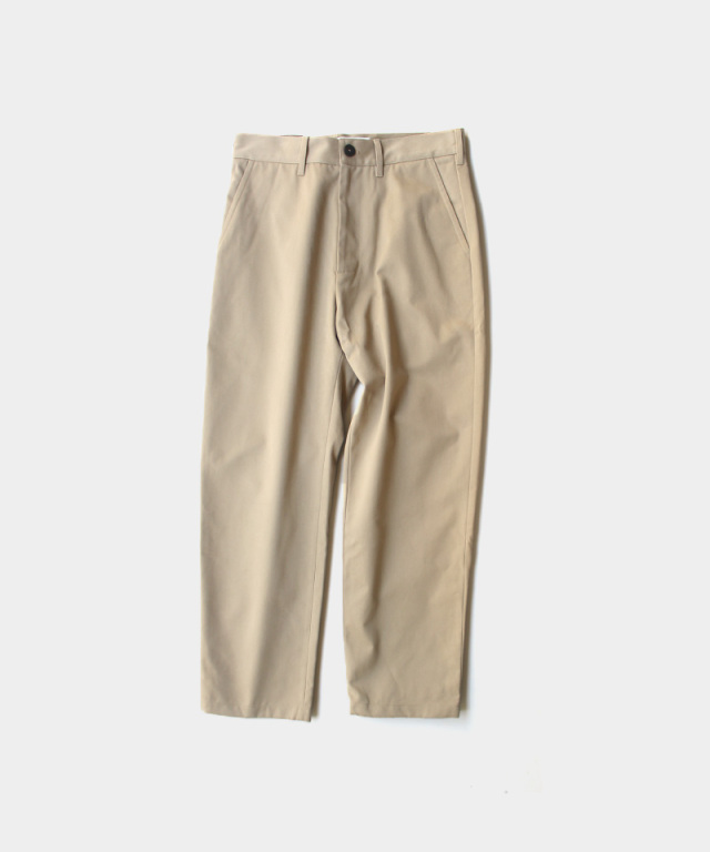 STUDIO NICHOLSON PEACHED COTTON TWILL FLAT FRONT TAPERED PANT TAN