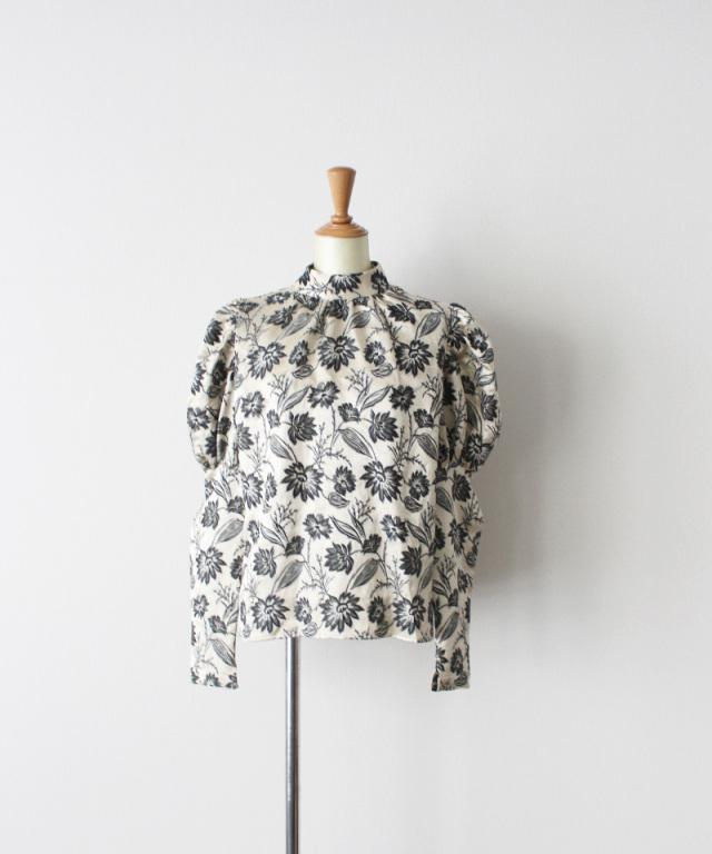 ERiKO KATORi flower jaquard puffsleeve blouse IVO
