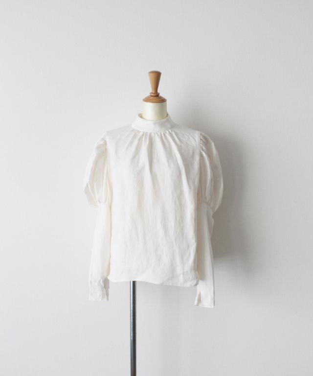 ERiKO KATORi linen puff sleeve blouse WHT