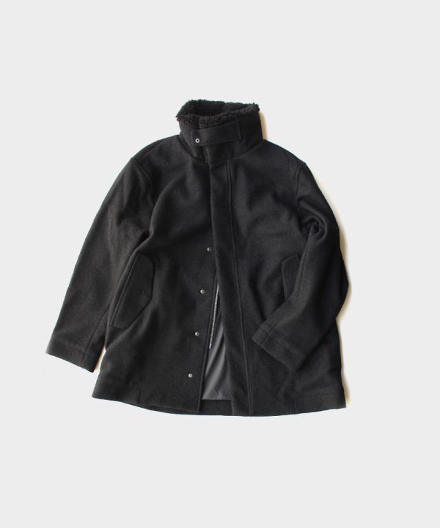 CURLY CONPRESSION SC COAT BLACK