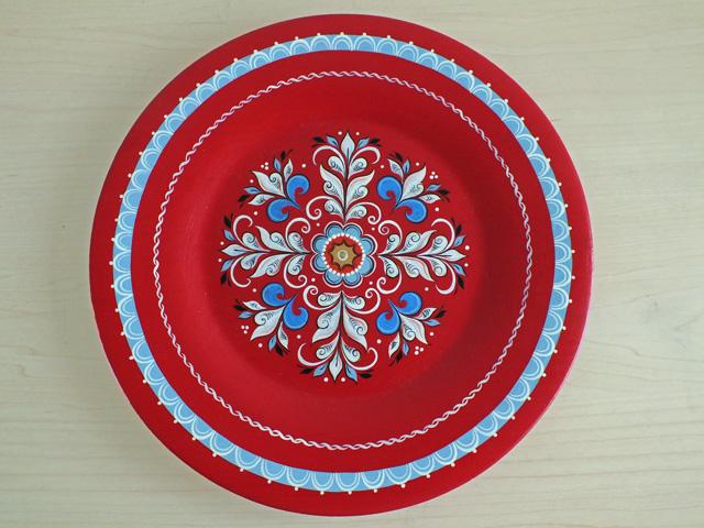 スノウジュエル☆北方塗りの飾り皿25cmレッド【ロシア雑貨のカチューシャ】