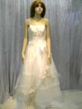 ウエディングドレス商品番号0005