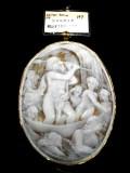 宝石シェルカメオブローチ商品番号0002
