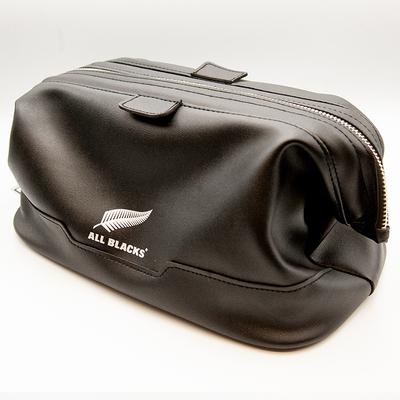 オールブラックス トイレタリーバッグ