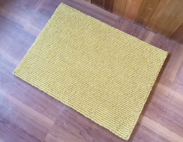 黄色マット