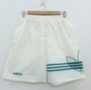 W33★古着 ショート ナイロン パンツ ショーツ 90年代 90s アディダス adidas ビッグロゴ 刺繍 白 ホワイト 【spe】 20jun04 中古 メンズ ボトムス 短パン ショーパン