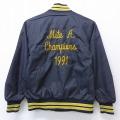 古着 長袖 ナイロン ジャケット 90年代 90s Mite 刺繍 ラグラン USA製 黒 ブラック 19dec19 中古 アウター ウインドブレーカー