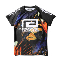 BUTTERFLY RASH GUARD