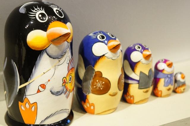 ペンギンの親子 マトリョーシカ 5ピース  /14cm
