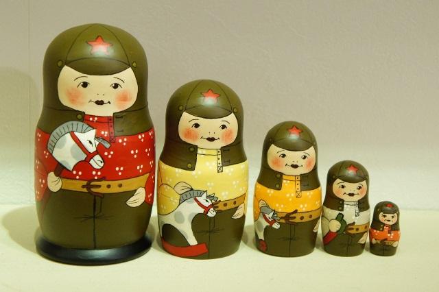 バカーノヴァ作 ソビエト陸軍・軍人のこどもマトリョーシカ 5ピース /12cm【送料無料】