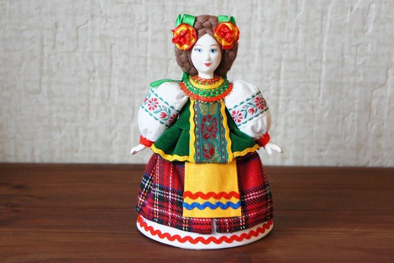 カラフル!ウクライナ(ロシア)民族衣装人形 Mサイズ /15cm