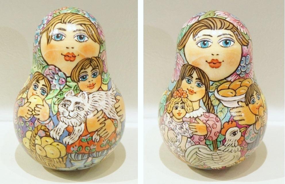 ラーティシェヴァ作 カラフル・ネヴァリャーシカ(起き上がりこぼし) <ネコとリンゴ><ニワトリとピロシキ> 2種類 /13cm