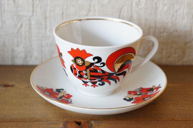 インペリアルポーセレン(ロマノーソフ) 赤いオンドリ ティー/コーヒー兼用カップ&ソーサー