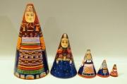 ダラフェエヴァ作 民族衣装 三角マトリョーシカ 5ピース<モスクワ、ヴラジーミル、スモレンスク、トヴェーリ、トゥーラ>/17cm 【送料無料】