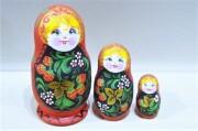メルヘン民族衣装マトリョーシカ 3ピース <テディベア>/10.2cm