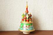 ロシア正教/聖ワシリー寺院 オーナメントオルゴール<3頭立て馬車 トロイカ・黄緑> 曲:カチューシャ /高さ22cm