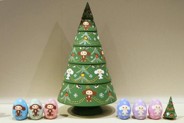 オリガ作 クリスマス・ヨールカ(ツリー)マトリョーシカ <チェブラーシカ> 7+1ピース/19.5cm