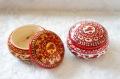 ミトローヒナ作 ロシアの伝統的工芸・メゼーニ塗り フタ付き円形小箱 直径6.7cm×高さ4cm