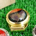 【漆塗り】ゴルフマーカー(ティー2本付き)・黒塗・花と蝶蒔絵