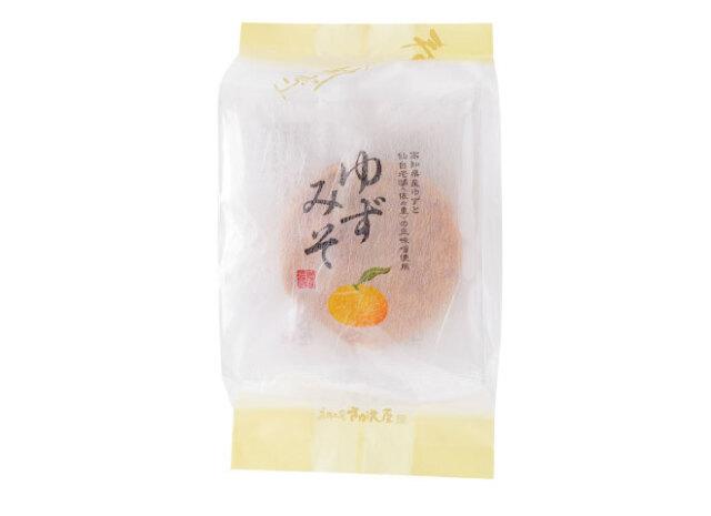 6枚ゆずみそ 外観 高知県産ゆずと仙台みそを使用したゆずみそせんべい