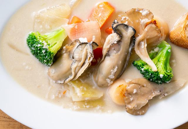 牡蠣と帆立の和風シチュー