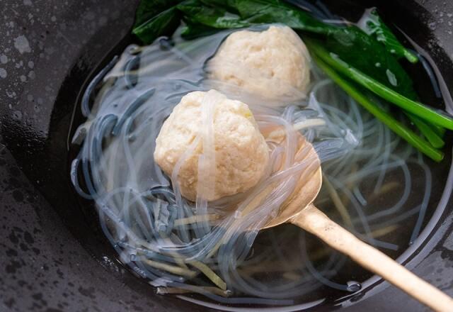 鶏団子と生姜のスープ
