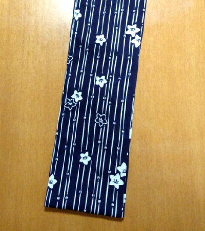 六尺半幅 垣根小花(特岡生地)|新年に紺白でビッシと