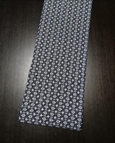 珍しいデザインでみんなと差をつける〜人気の白地に紺の配色〜丸太セレクション〜六尺半幅 米つなぎ |ふんどし 褌の通販なら さくらい