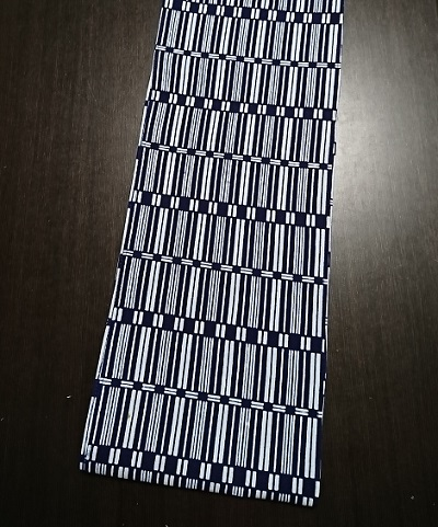 縦横と気持ちいいデザイン白紺の格子柄~丸太セレクション~ 六尺半幅 長屋格子|ふんどし 褌の通販なら さくらい