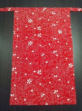 江戸小紋の赤生地でキリっと粋に見せる〜丸太セレクション 越中 雪桜(岡生地)|ふんどし 褌の通販なら さくらい