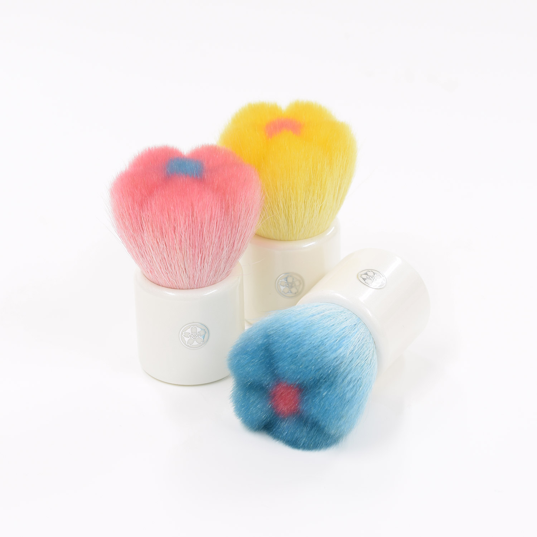 【宅配便のみ】花ほほ筆 お花のかわいいチークブラシ 山羊毛/PBT混毛