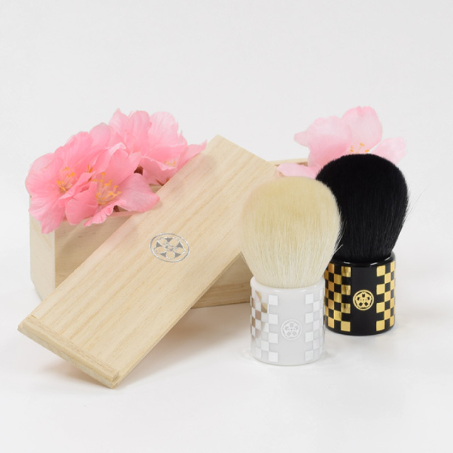 sui-coroco 熊野筆 粋 すい ころこブラシ(金/銀) 専用木箱付き 山羊毛100%