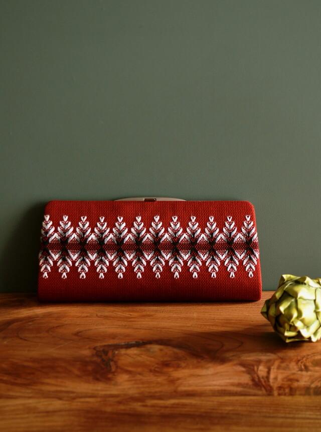 スウェーデン刺繍のクラッチバッグ  昭和レトロ