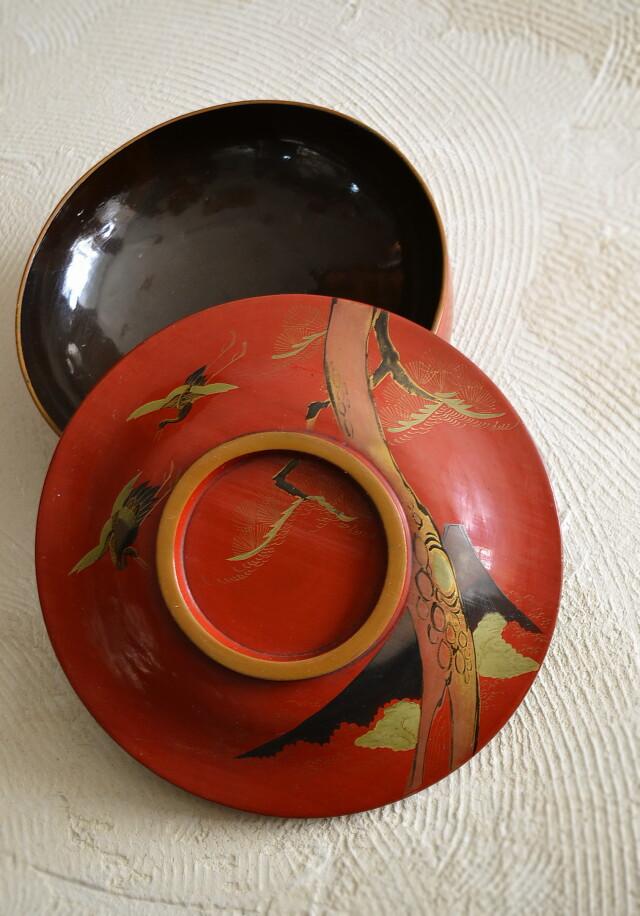 漆蒔絵の蓋付菓子器 喰籠 「富士図」