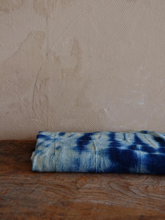 アフリカ布 藍染 しぼり