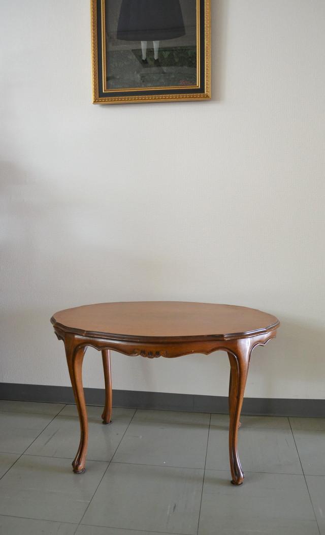 アールヌーボサロンテーブル
