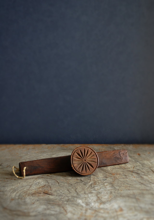 李朝木製 餅型