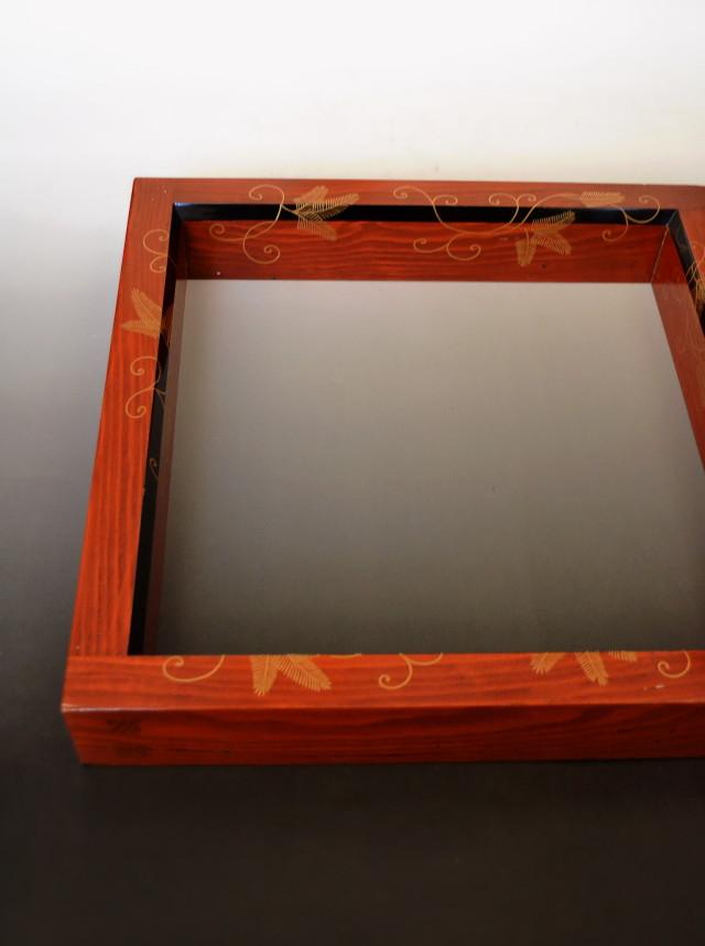 ふき漆面黒松唐草炉縁 茶道具