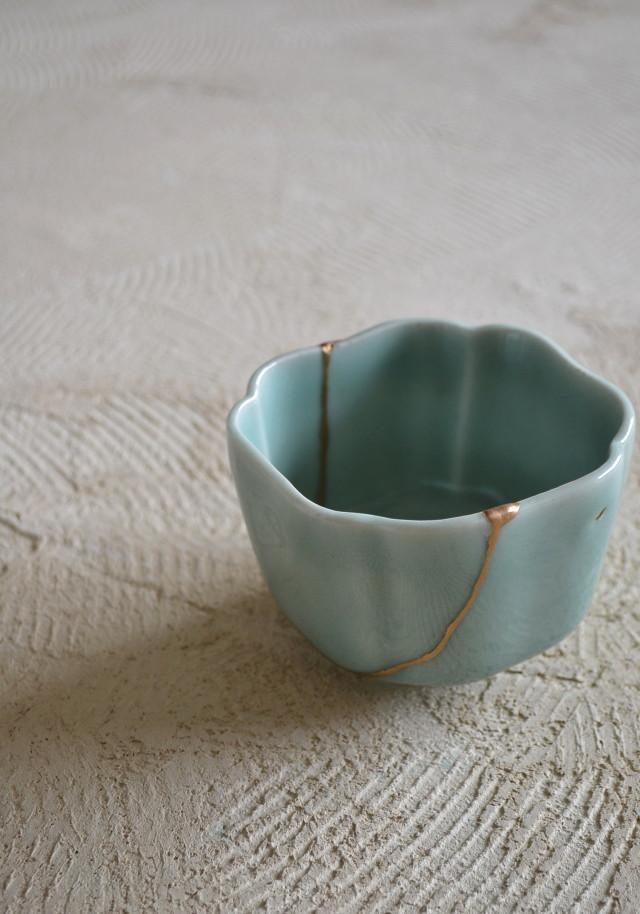青磁鉢 金継