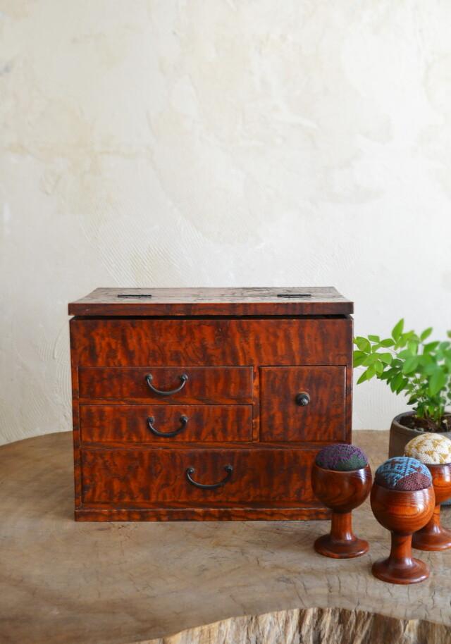 木目の綺麗な裁縫箱 ソーイングボックス  小箱 小引出し 裁縫箱