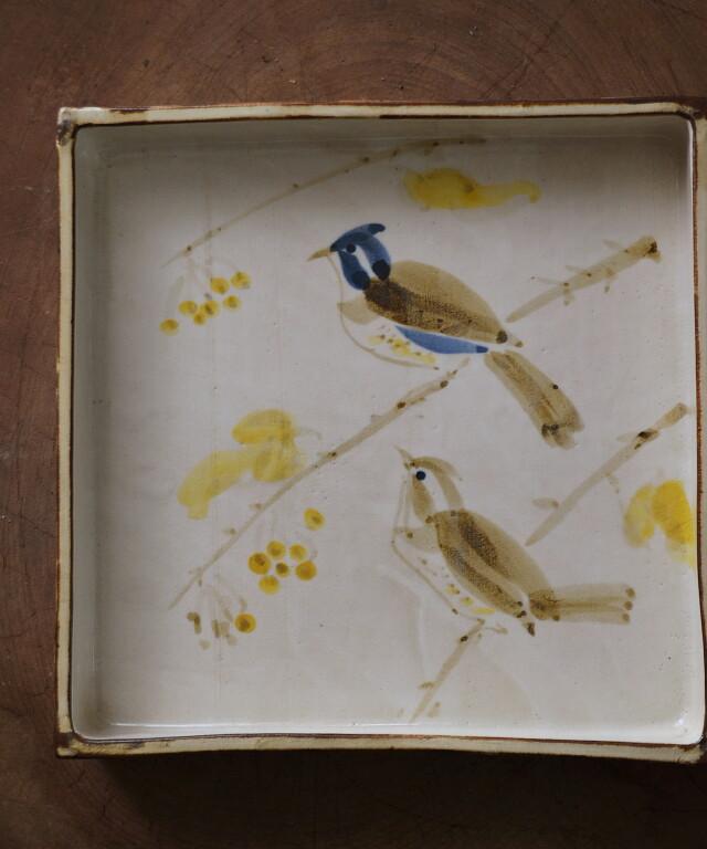 可愛い鳥の絵のスクエアープレート