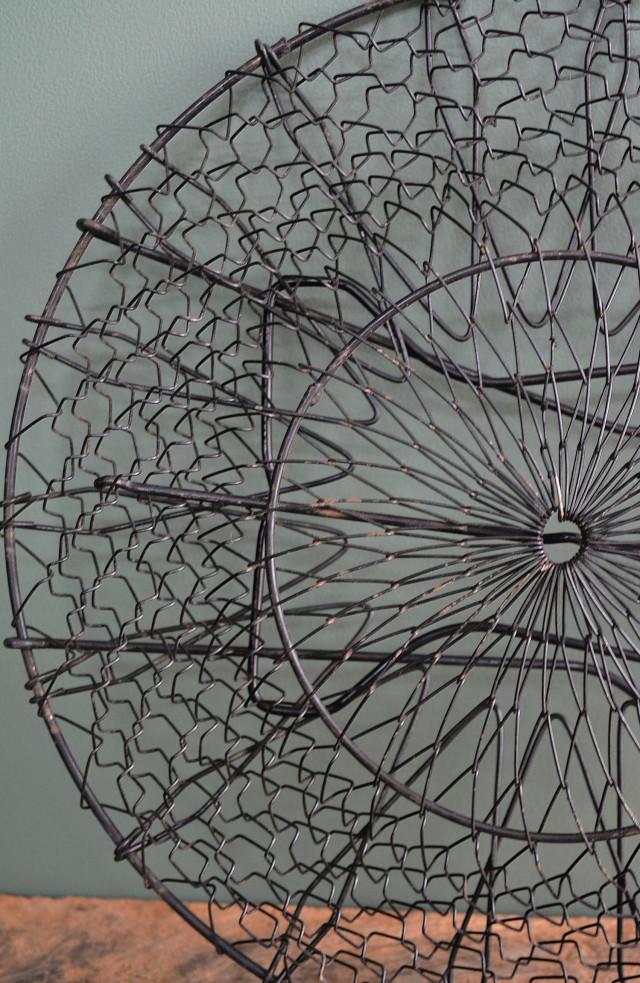 吊りかご  工業デザイン