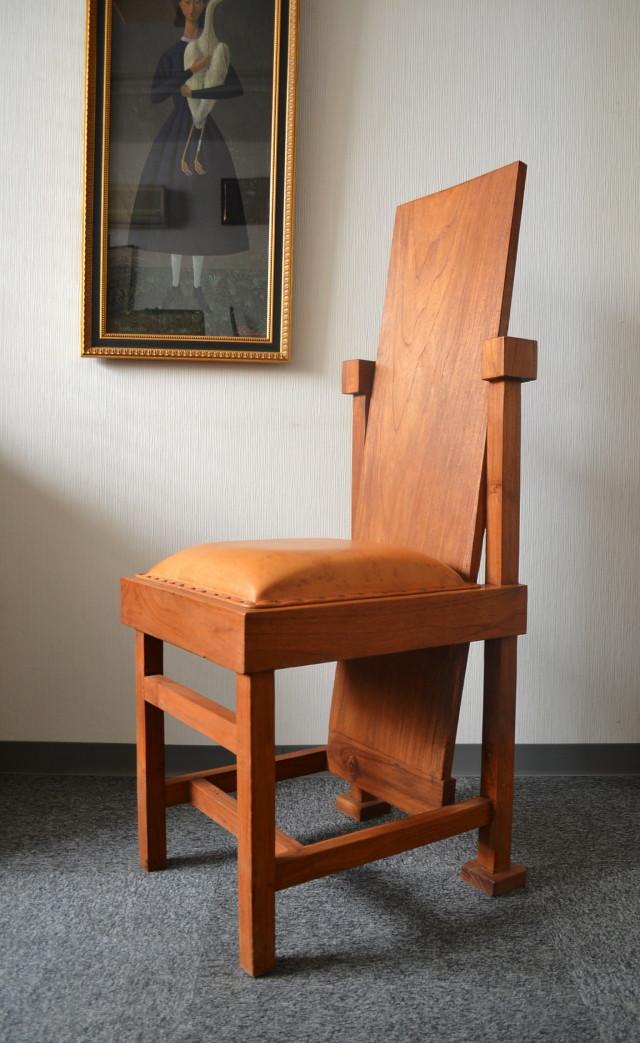 チーク材デザインチェアー モダン椅子 インテリアチェアー
