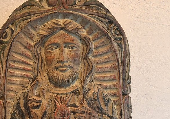キリスト像レリーフ