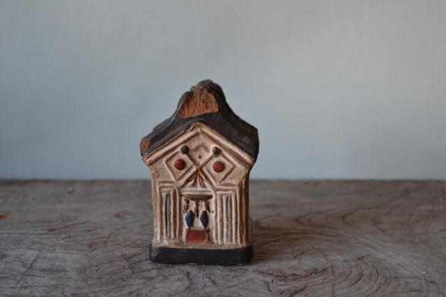 蔵形貯金箱土人形